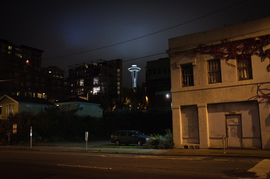 needle at night | Fuji 23mm F2 Asph (X100) <br> Click image for more details, Click <b>X</b> on top right of image to close