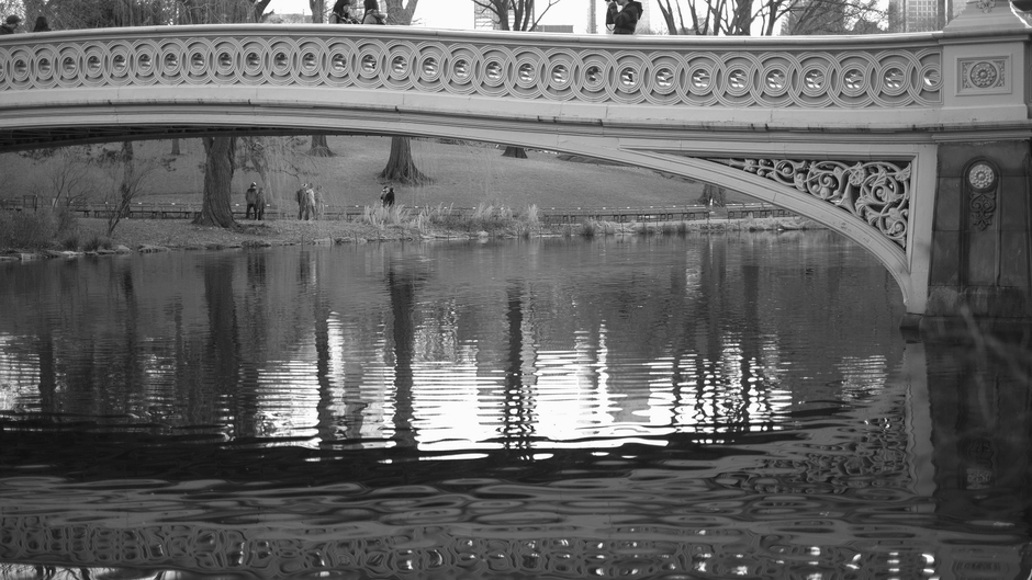 Bow Bridge, Central Park | Fuji 35mm f/1.4 <br> Click image for more details, Click <b>X</b> on top right of image to close