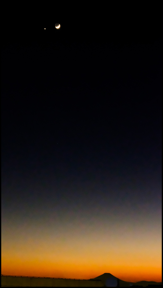 first sunset 2017 with moon,venus and Mt.Fuji | Fuji 16-55mm F2.8 <br> Click image for more details, Click <b>X</b> on top right of image to close