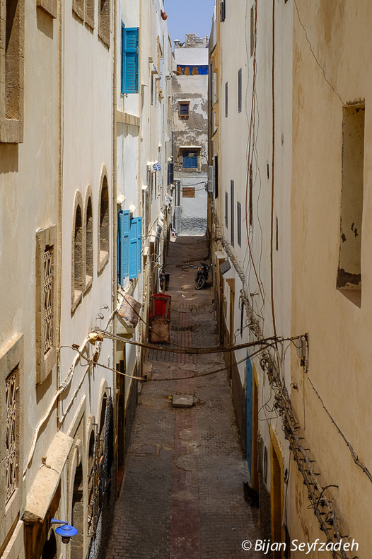 Narrow passage in Essaouira, Morocco | Fuji 14mm f/2.8 <br> Click image for more details, Click <b>X</b> on top right of image to close