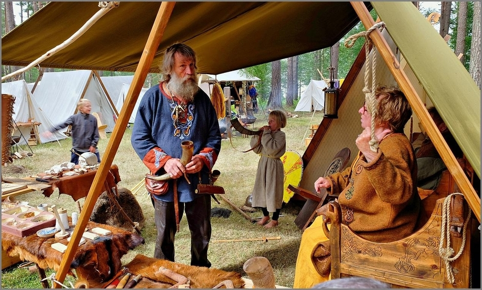 Viking Family (Reenactment) | Fuji 18-55mm f/2.8 - 4.0 LM OIS <br> Click image for more details, Click <b>X</b> on top right of image to close