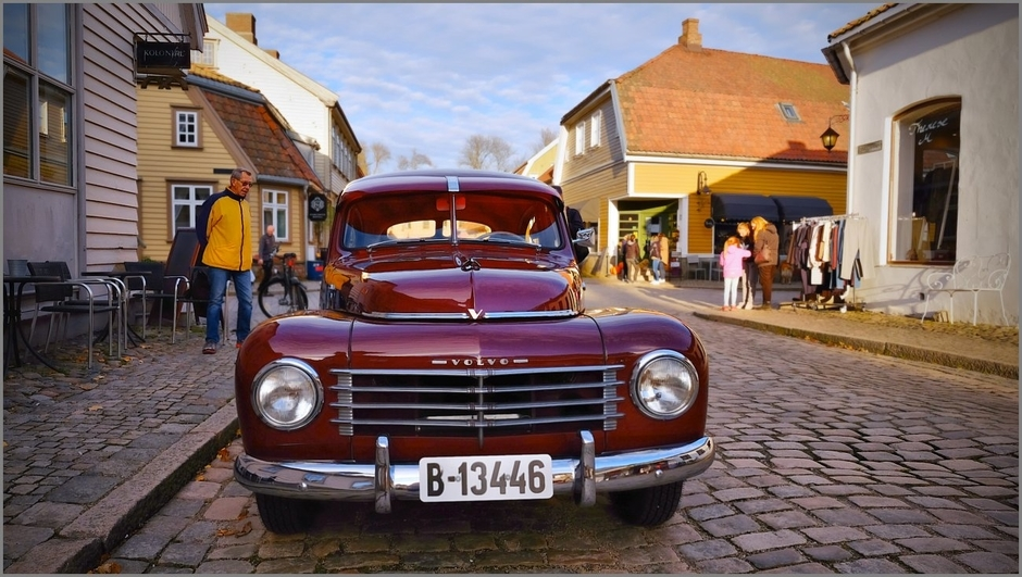 Old Love - His first car from 1952 | Fuji 14mm f/2.8 <br> Click image for more details, Click <b>X</b> on top right of image to close