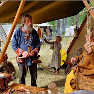 Viking Family (Reenactment) | Fuji 18-55mm f/2.8 - 4.0 LM OIS
