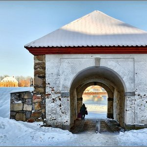 New Snow on ancient Town Gate (1727) | Fuji 14mm f/2.8 <br> Click image for more details, Click <b>X</b> on top right of image to close